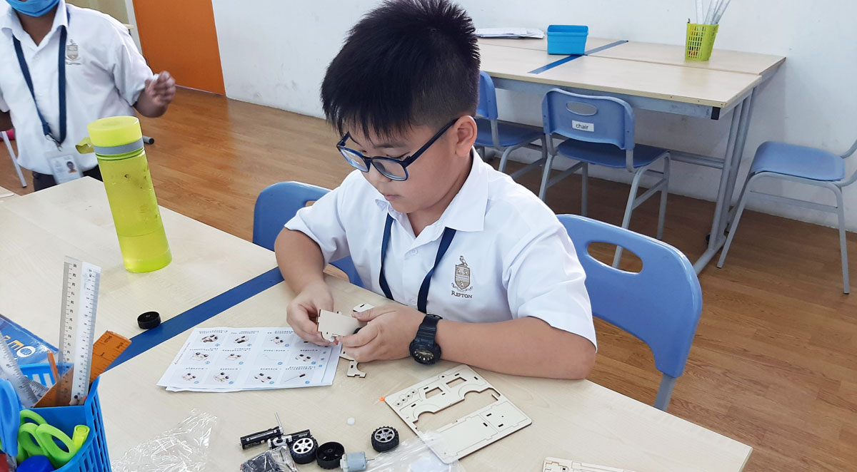 Year 6 Was Learning About Circuits